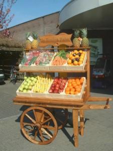 Groente en fruithandkar